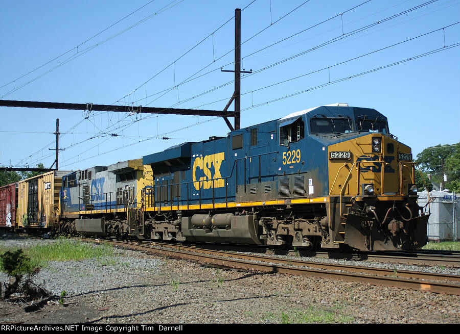 CSX 5229, 307 on Q438